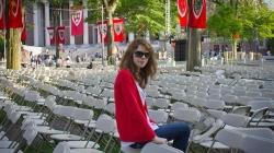 Tania Menéndez Hevia, en la Universidad de Harvard, donde imparte clases de español
