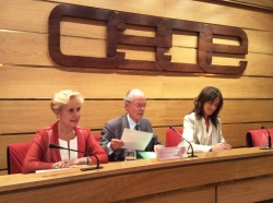 Con Carmen Quintanilla, presidenta de la Comisión de Igualdad del Congreso de los Diputados