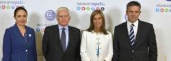 Blanca Hernández (Delegada del Gobierno para la violencia de género), Paolo Vasile, la ministra Ana Mato y Roberto Arce.