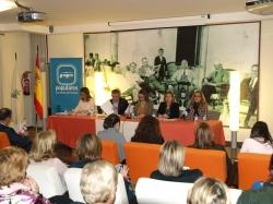 Mesa redonda sobre Igualdad que celebró el PP de la Región de Murcia en San Pedro del Pinatar