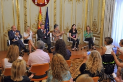 Foto: Ministerio de Justicia. El proyecto fue presentado junto al ministro del Interior, Jorge Fernández Díaz, y a la ministra de Sanidad, Servicios Sociales e Igualdad, Ana Mato.