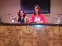 Carmen Fúnez durante la conferencia sobre Corresponsabilidad y prevenciónd el acoso laboral